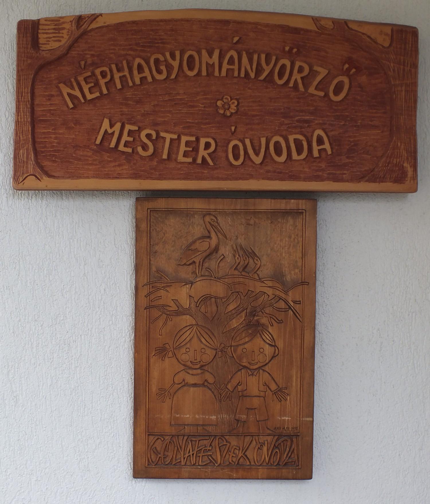 Hagyományőrző Mester Óvoda cím